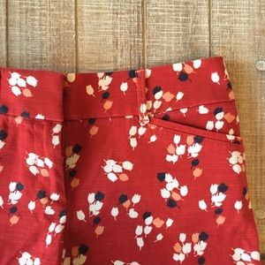 "LOFT red with white tulips 4"" Riviera short"